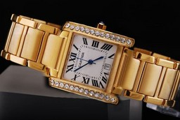 Fake Cool Cartier Montre Santos Demoiselle Quartz Movement Diamond Bezel AAA Watches [S6E7]