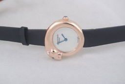 Fake Modern Cartier Classic Quartz Rose Gold Case with White Dial AAA Watches [L4E9]