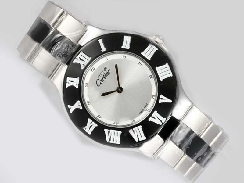 /watches_12/Cartier/Modern-Cartier-Pasha-Must-Be-with-Silver-Dial-1.jpg