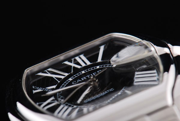 /watches_12/Cartier/Quintessential-Cartier-Roadster-automatic-with-2.jpg