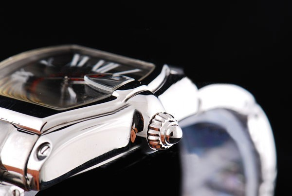 /watches_12/Cartier/Quintessential-Cartier-Roadster-automatic-with-3.jpg