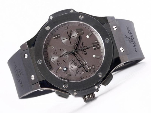 /watches_12/Hublot/Perfect-Hublot-Big-Bang-Chronograph-Asia-Valjoux-3.jpg