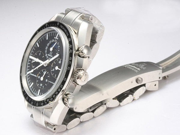 /watches_12/Omega/Great-Omega-Speedmaster-Chronograph-Automatic-17.jpg