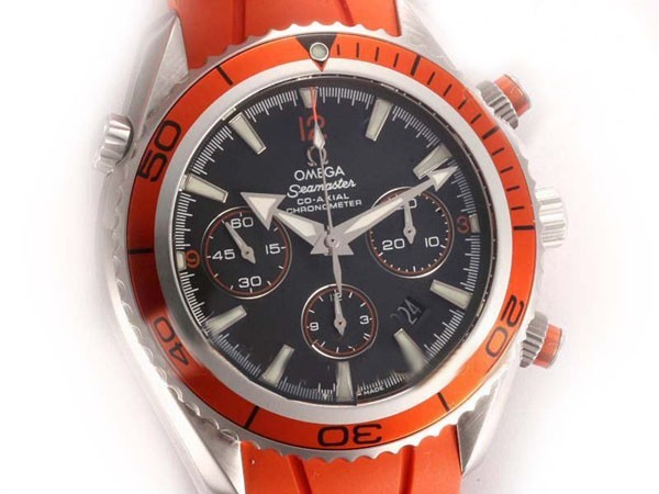 /watches_12/Omega/Modern-Omega-Seamaster-Planet-Ocean-Chronograph-18.jpg