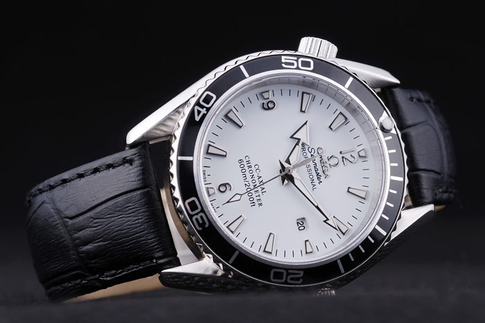 /watches_12/Omega/Popular-Omega-Seamaster-AAA-Watches-A6J8--3.jpg