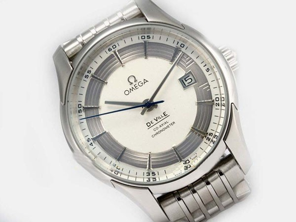 /watches_12/Omega/Quintessential-Omega-Hour-Vision-See-Thru-Case-15.jpg