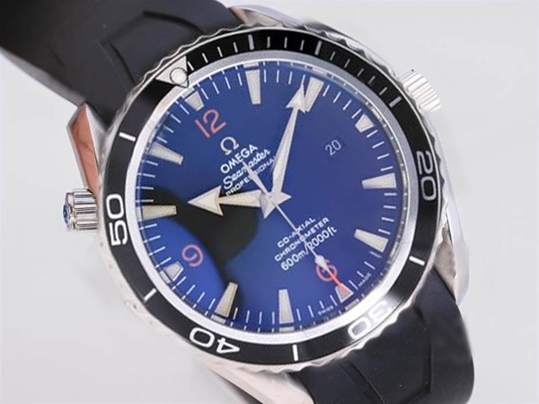 /watches_12/Omega/Quintessential-Omega-Seamaster-Planet-Ocean-with-1.jpg