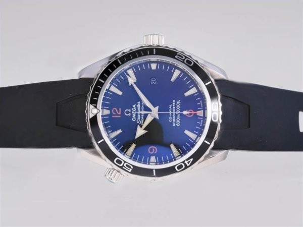 /watches_12/Omega/Quintessential-Omega-Seamaster-Planet-Ocean-with.jpg