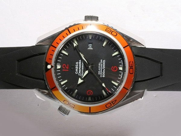 /watches_12/Omega/Quintessential-Omega-Seamaster-Planet-Ocean.jpg