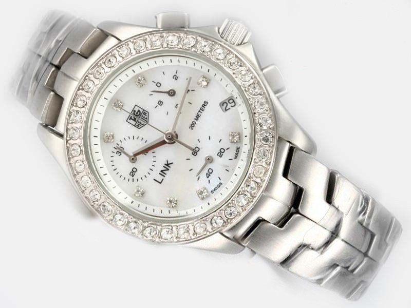 /watches_12/Tag-Heuer/Fancy-Tag-Heuer-Monaco-quartz-with-White-Dial-1.jpg
