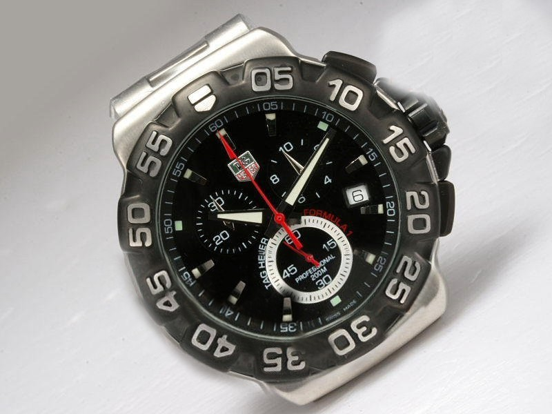 /watches_12/Tag-Heuer/Quintessential-Tag-Heuer-Formula-1-Working-9.jpg